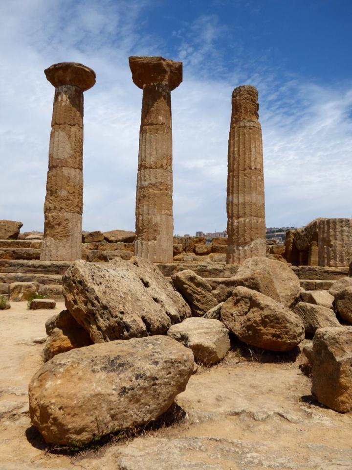 Sicily valley of the temples at agrigento travel2unlimited unesco world heritage site map data gumiabroncs Choice Image
