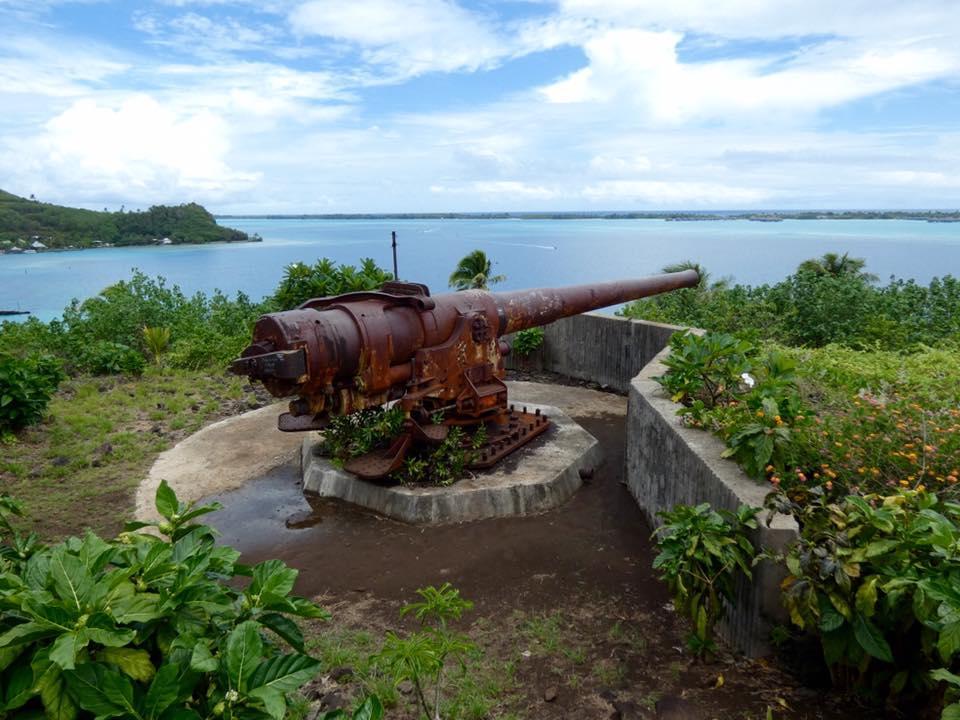 French Polynesiabora Bora Wwii Coastal Defense Guns