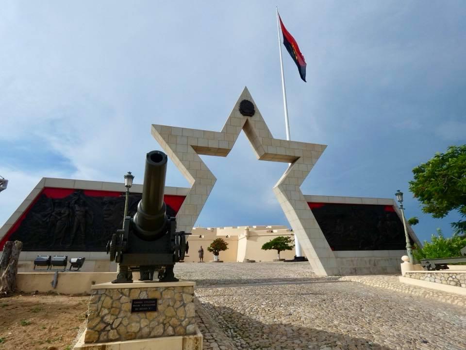 Angola: Luanda – Fortaleza de Sao Miguel – travel2unlimited